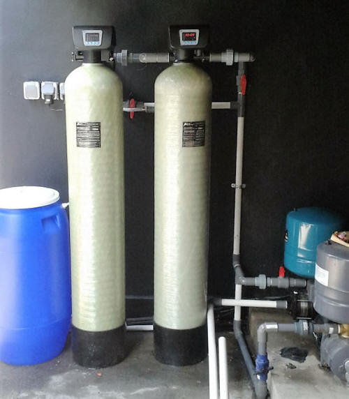 Pre Filter Softener and Brine Tank